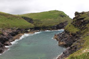 Rugged Coastline 03 - Channel by fuguestock
