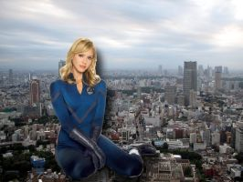 THE INVISIBLE WOMAN SITTING ON TOKYO by darthbriboy