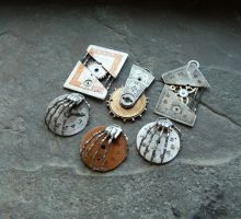 More Clockwork Pendants with Mechanical Hands by AMechanicalMind