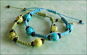 Blue And Green Crackle Bracelet Set by SalamenceClaws