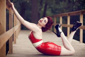 Flexy dreams- Roswell Ivory by Roswell-Ivory