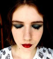 Modernized 20's make up look (2) by myphonovisions