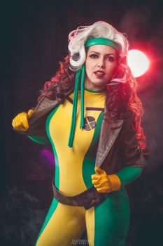 Rogue / X-Men by JuTsukinoOfficial