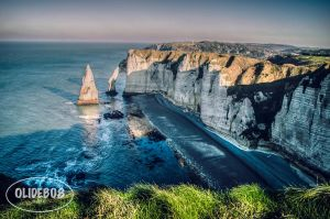 Aiguille d'Etretat by olideb08