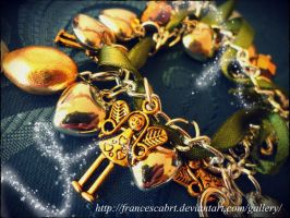 Braccialetto con charms Bracelet with charms by FrancescaBrt