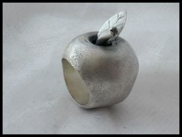 Silver apple- ring by Seatear