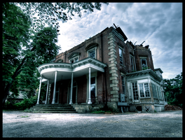 Steele Mansion by JohnKyo