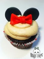 Minnie Mouse Cupcake by Corpse-Queen