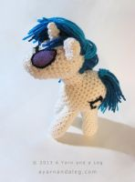 Vinyl Scratch by SBuzzard