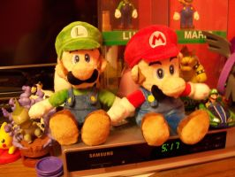 Cute Mario Bros. Plushies :3 by MotherGarchomp622