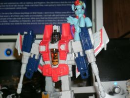 Starscream, now 20% cooler by TMNTFAN85