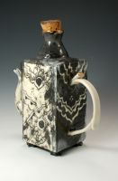 Teapot of Maggie Hazen by artificially