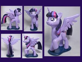 Alicorn Twilight Sculpt by CadmiumCrab