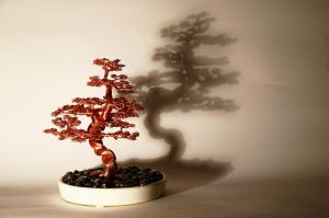 Bonsai wire tree sculpture by minskis