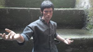 bruce lee enterbay scale 1/4 by DIGITALWIDERESOURCE