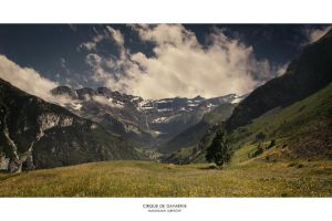 Cirque de Gavarnie by Panomenal
