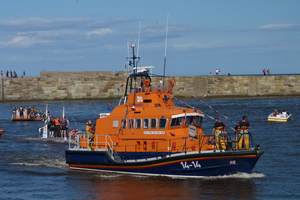Whitby Lifeboat by lighteningfox