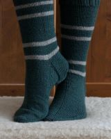 House Socks - Slytherin by Miharu-Miracle