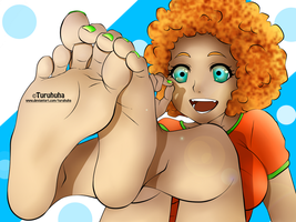 Happy feet by Turuhuha