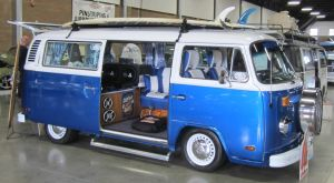 74 VW Bus by zypherion