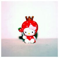 Hello Kitty Strawberry Queen by bhere