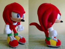 Sonic Adventure Knuckles Super Jumbo Plush by chaofruit