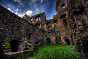 Castle in Swiny_3 by Jaagaa