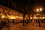 Placa Reial, Barcelona - 1 by wildplaces