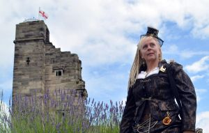 Steampunk at Tutbury Castle 2014 (3) by masimage