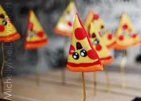 Pizza Polymer-Clay figures (close up) by MichellyMe