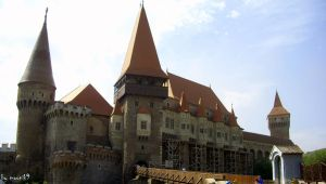 Corvin Castle by moonik9