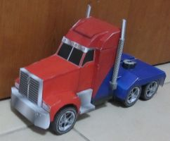 Optimus Prime Vehicle Mode by aim11