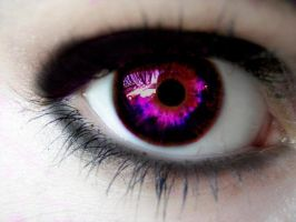 a vampires eye by RooCouture