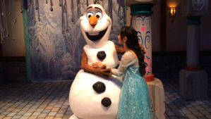 I smiled sincerely goodbye to Olaf and leave by Magic-Kristina-KW