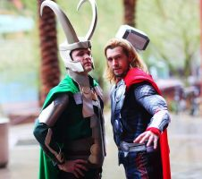 LOKI and THOR COSPLAY by captainjaze