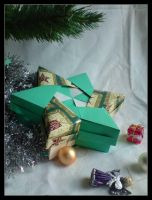Christmas Gift Box by lonely--soldier