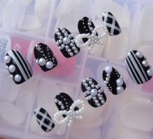 3d CROSS BLACK WHITE NAILS by jadelushdesigns