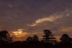 Morning sky 12-16-12 by Tailgun2009