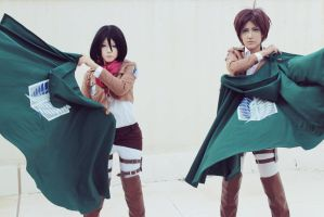 Attack on Titan (Shingeki no Kyojin) by CosPlayJG