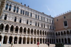 Palazzo Ducale by Almile