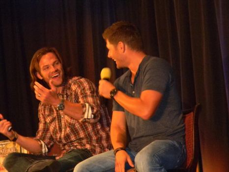 Supernatural Dallascon 2012 - J2 Panel by LolaLee70