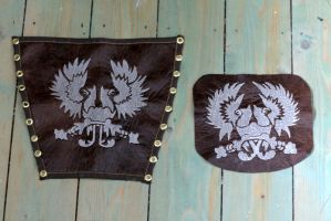 Hand sewn Warden Commander griffins by Asukauk