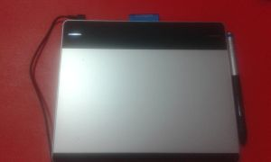 my new tablet with pen by nicolepiepuffed01