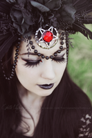 Crown of darkness 3 by Estelle-Photographie
