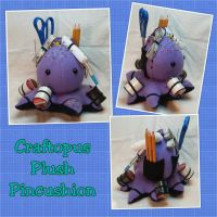 Craftopus Plushie Pincushion by mihijime