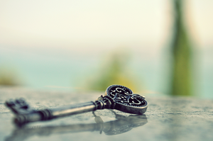 A key. by starryway