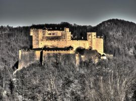 Castello by Burtn