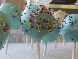 Up Inspired Cake Pops by xXemeraldstreamXx