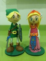 Link and Zelda foam rubber figures by anapeig