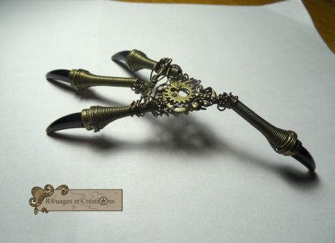Raven steampunk claws by Rouages-et-Creations